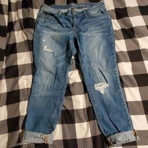 GAP EUC! Super flattering boyfriend jeans